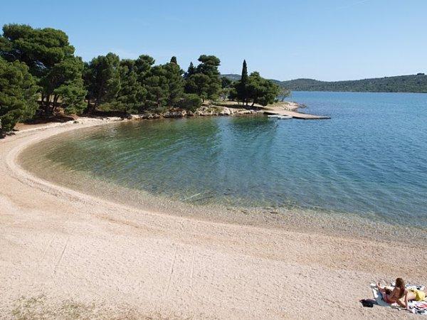 pláž MiranPirovac