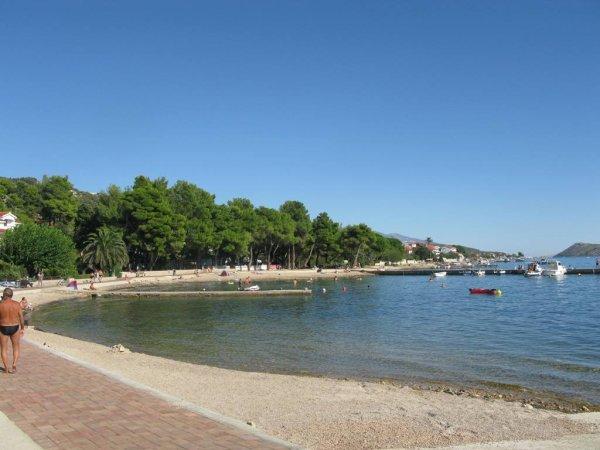Banjol pláže