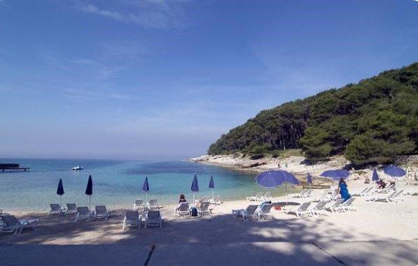 Nejlepší městská pláž v Chorvatsku - Veli Žal Lošinj