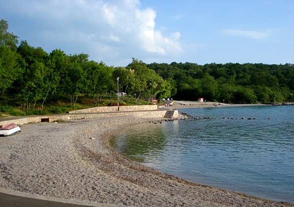 pláž Njivice