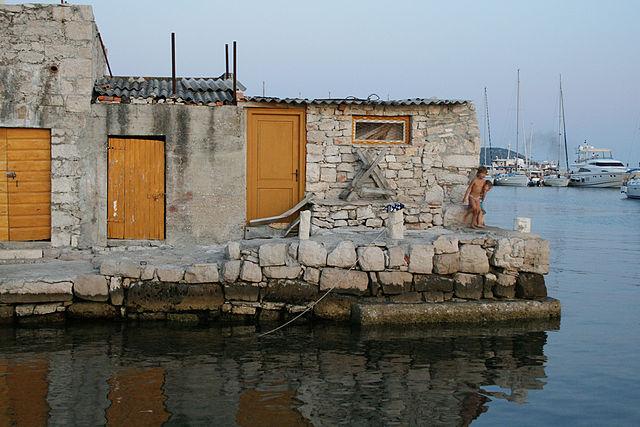 Chorvatské ostrovy - Prvić