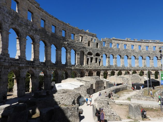 Pulská Arena: gigantické a zázračné veledílo