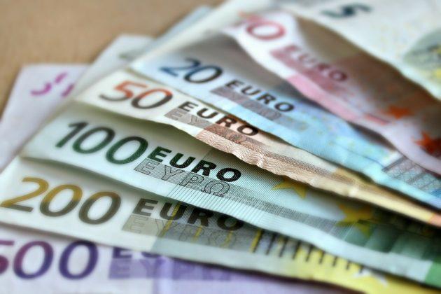 Do 8 let by se mělo v Chorvatsku platit eurem