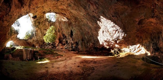 Tajemství jeskyně na Korčule