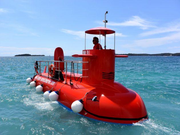 ponorka v chorvatsku
