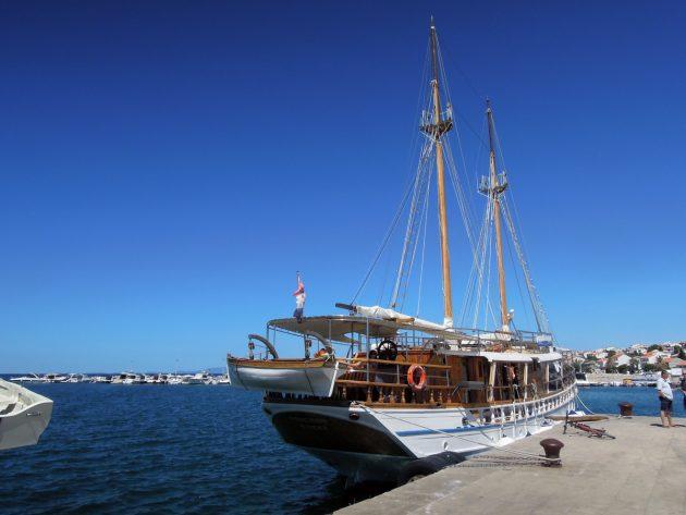 loď v chorvatsku