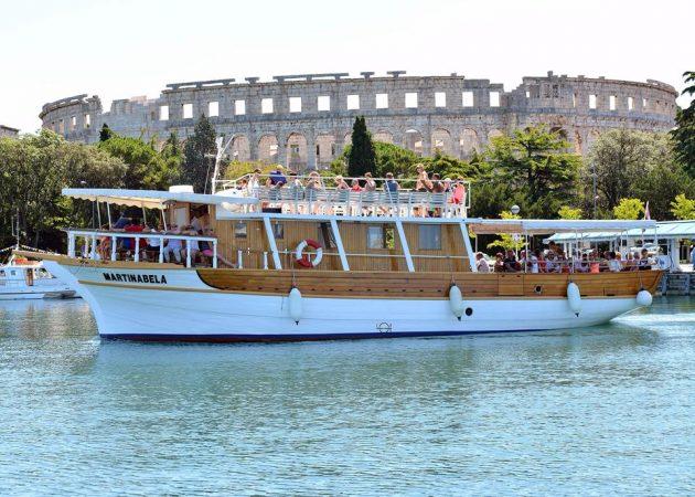 výlet lodí v Chorvatsku